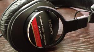 ソニーMDR-CD900STの外観
