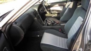 R34スカイライン 25GT-V 運転席