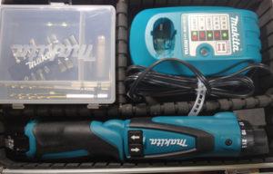 電動ドライバーの例 マキタ DF010D