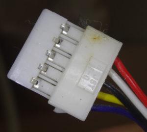 MAXの5芯リモコンコードに使われているコネクタ(リモコン側1)