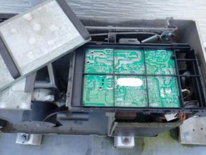 エアコン室外機のプリント基板