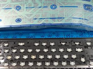 キーボード ロジクールK310を分解し、キートップを裏側から見たところ