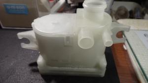 洗濯機の給水ポンプ