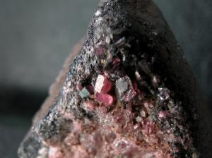 田口鉱山のパイロクスマンガン石