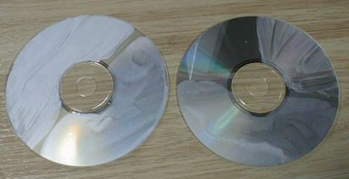 CDを使った自動車用コーティング剤のテスト