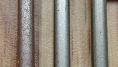 鉄の生クギにコンタクトオイルを塗って屋外暴露実験をした結果