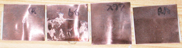 銅板にコンタクトオイルを塗って屋外暴露実験をした結果