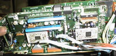 パナソニックNV-FS900 映像系回路基板を裏側から見たところ