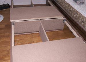 格子構造のベッドフレーム ラテ エスプレッソ S