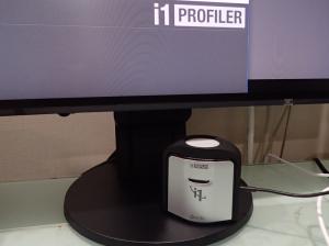 キャリブレーションツールの例 X-Rite i1Display Pro