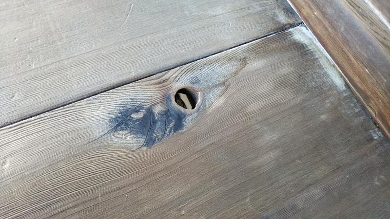 仁和寺の節穴